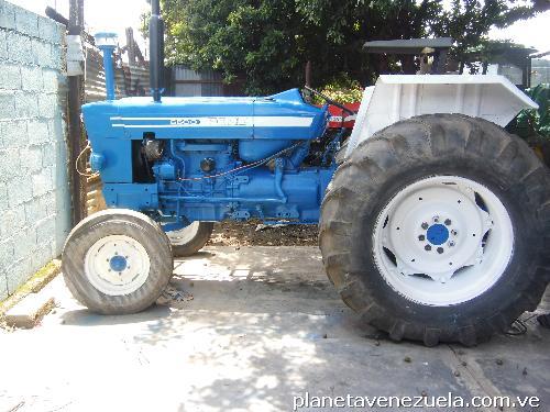 Tractores agrícolas en venta en Acarigua: teléfono